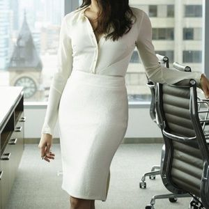 {The Limited} Classic Solid White Pencil Skirt